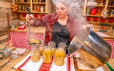 Easy White Bean Chicken Chili – Pressure Canning Recipe