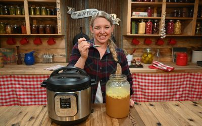 Instant Pot Chicken Bone Broth (That Gels Every Time)